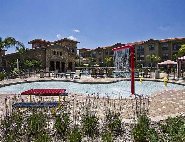 Bella Piazza Resort Image 4